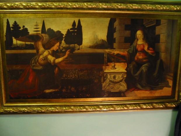Leonardo's Anunciation (on my hotel room wall)