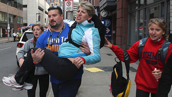 Former Patriot Joe Andruzzi pitches in to help rescue the victims