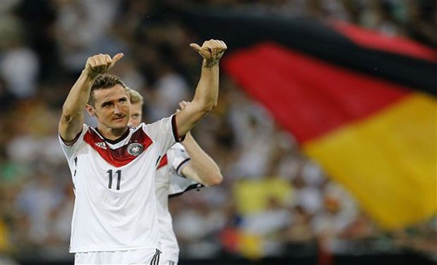 What a way to end a career - Miroslav Klose sets the all time World Cup goal record and his German team wins the tournament!