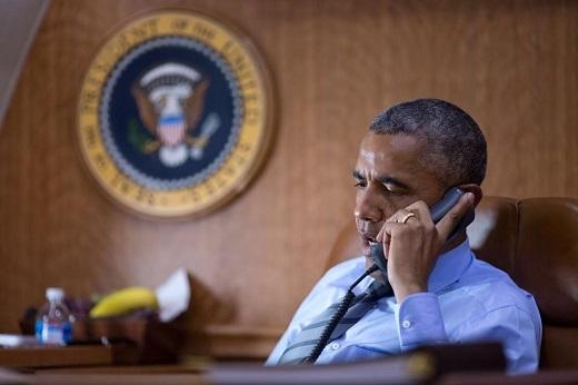 Obama on the phone with Ukrainian President Petro Poroshenko after the crash